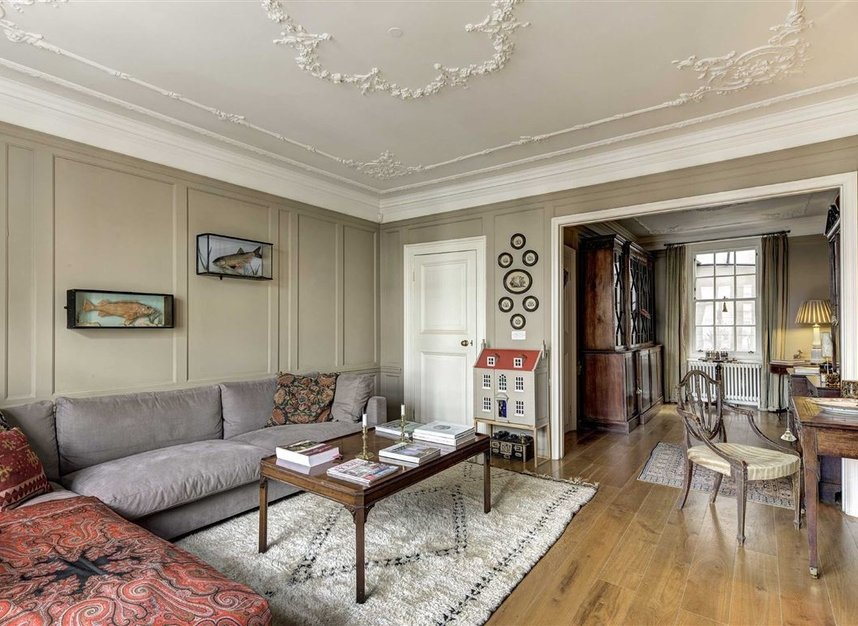Properties sold in Victoria Square - SW1W 0QY view9