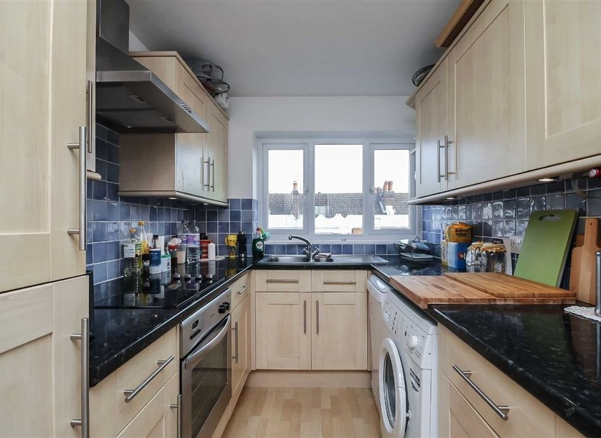 Flat to rent in arundel terrace london sw13 dexters for 7 hammersmith terrace