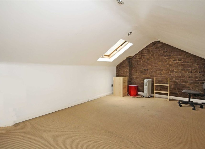Properties to let in Bollo Bridge Road - W3 8AT view5