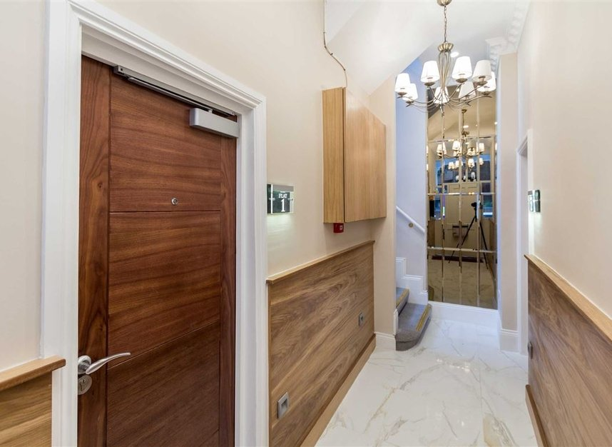 Properties to let in Edith Grove - SW10 0NH view7