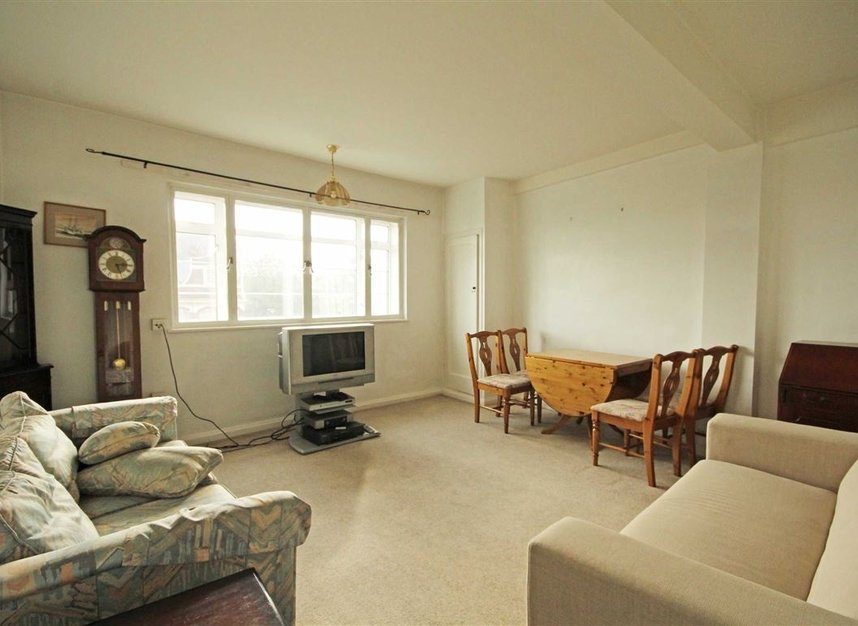 flat to rent in edith villas london w14 dexters