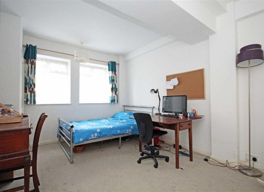 Properties to let in Edith Villas - W14 9AA view3