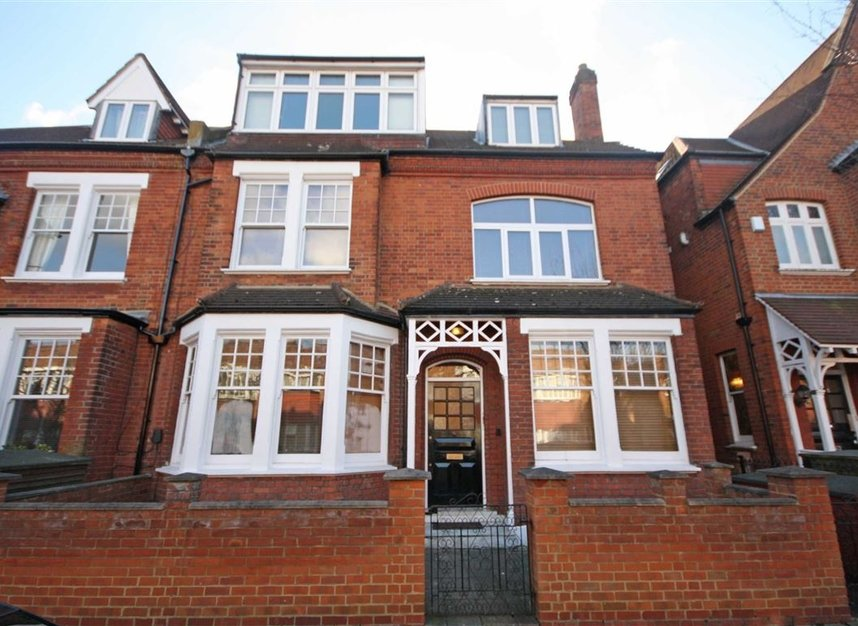 Properties to let in Fairlawn Avenue - W4 5EF view4