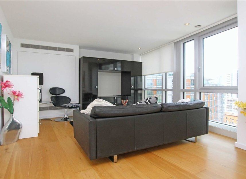 Properties to let in Fairmont Avenue - E14 9JB view2