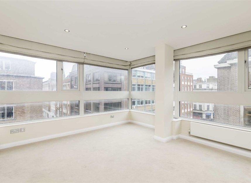 Properties to let in Great Portland Street - W1W 7JZ view4