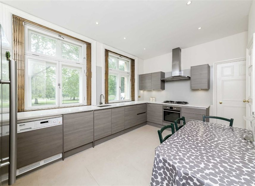 Properties to let in Hyde Park Place - W2 2LH view3