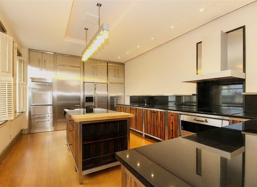 Properties to let in King Street - WC2E 8JS view4