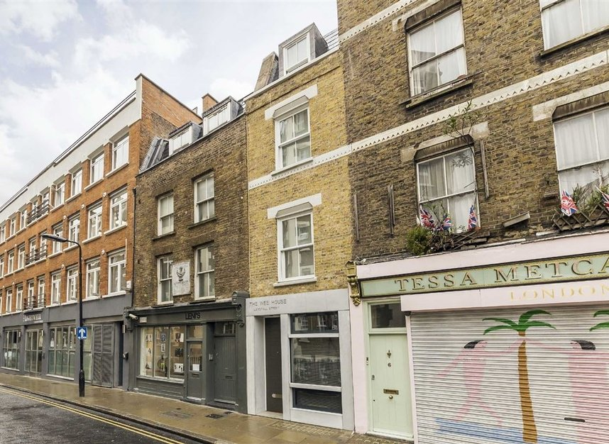 Properties to let in Laystall Street - EC1R 4PA view2