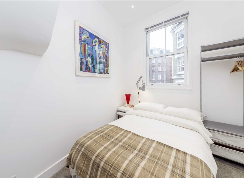 Properties to let in Laystall Street - EC1R 4PA view9