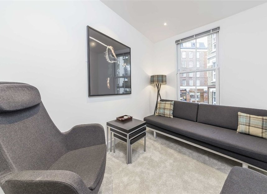 Properties to let in Laystall Street - EC1R 4PA view4