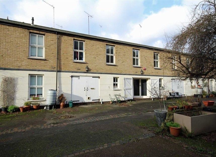 Properties to let in Malvern Mews - NW6 5PT view1