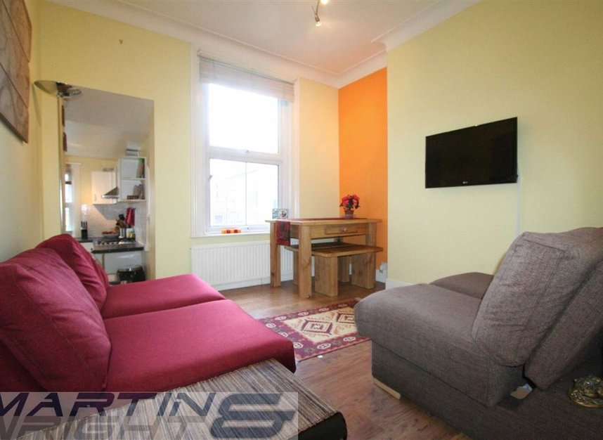 Properties to let in Messina Avenue - NW6 4LG view2