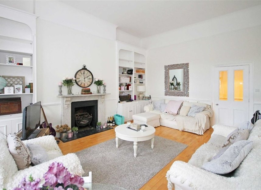 Properties to let in Nevern Square - SW5 9NN view3