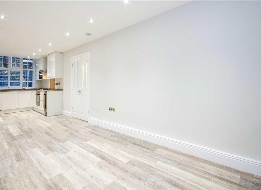 New Row, London, WC2N