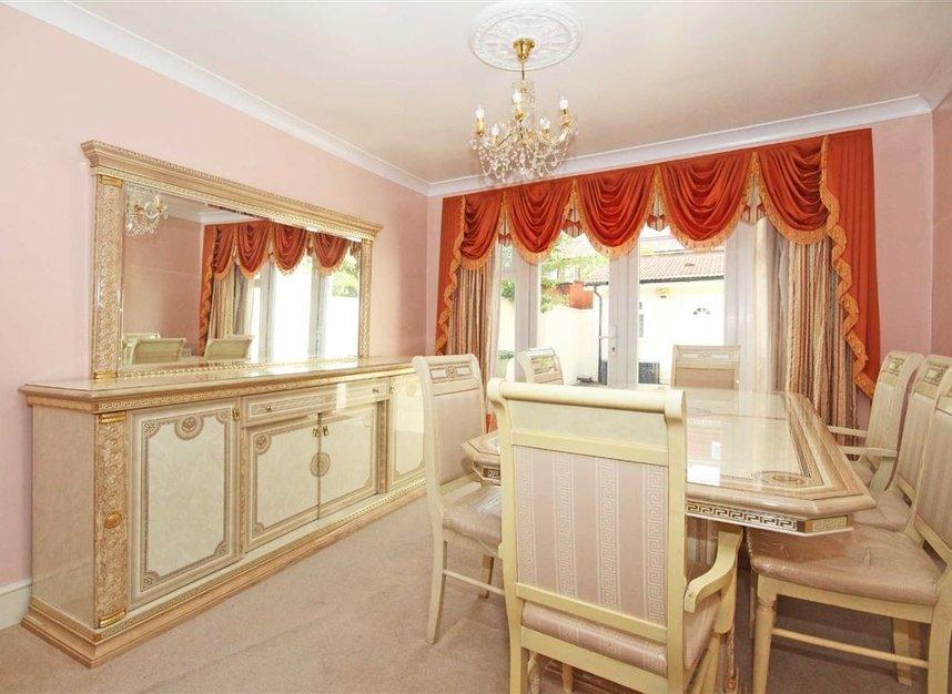 Properties to let in Noel Road - W3 0JE view2