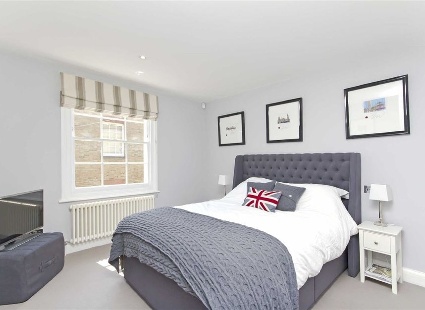 Properties to let in Skinner Place - SW1W 8HH view4