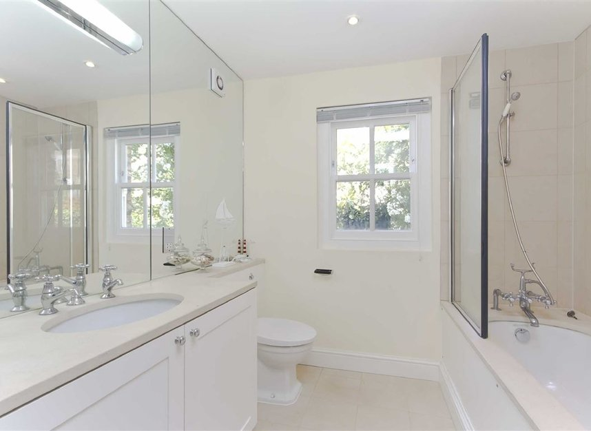 Properties to let in Skinner Place - SW1W 8HH view5