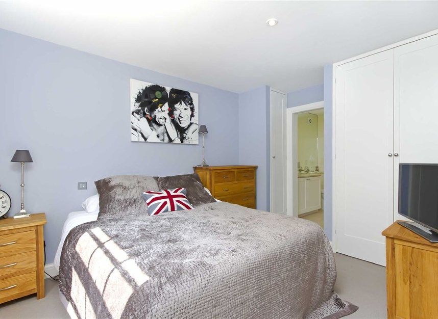 Properties to let in Skinner Place - SW1W 8HH view6