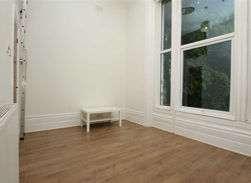 Properties to let in West End Lane - NW6 2NE view2
