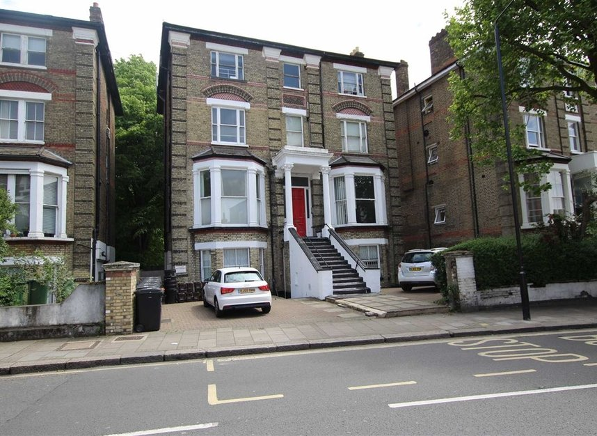 Properties to let in West End Lane - NW6 2NE view1
