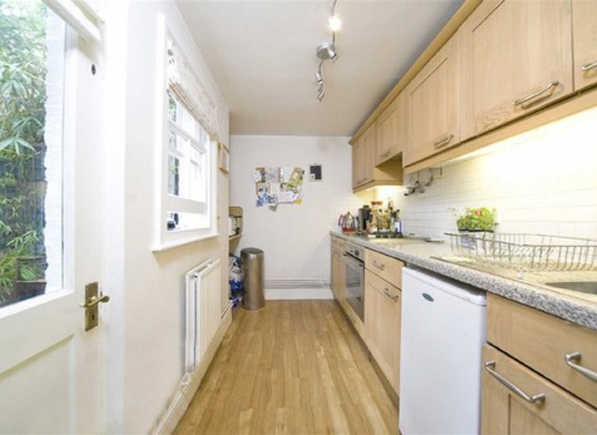 Properties to let in Willow Vale - W12 0PA view4