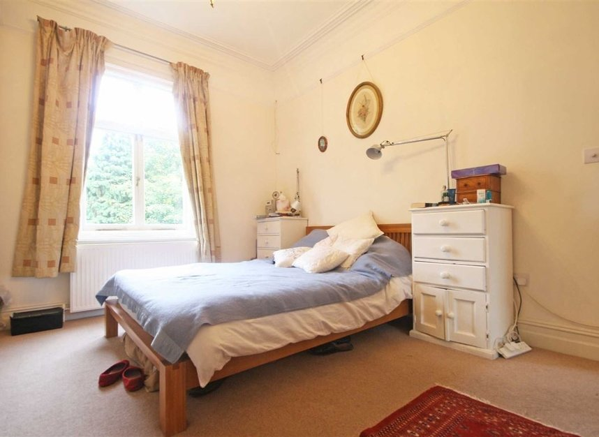 Properties to let in Woodgrange Avenue - W5 3NY view5