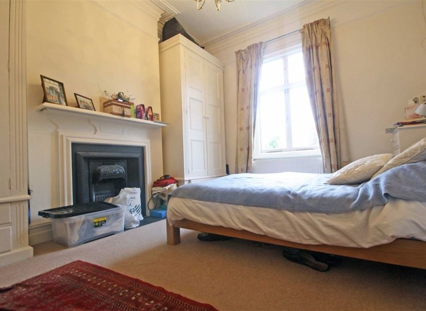 Properties to let in Woodgrange Avenue - W5 3NY view7
