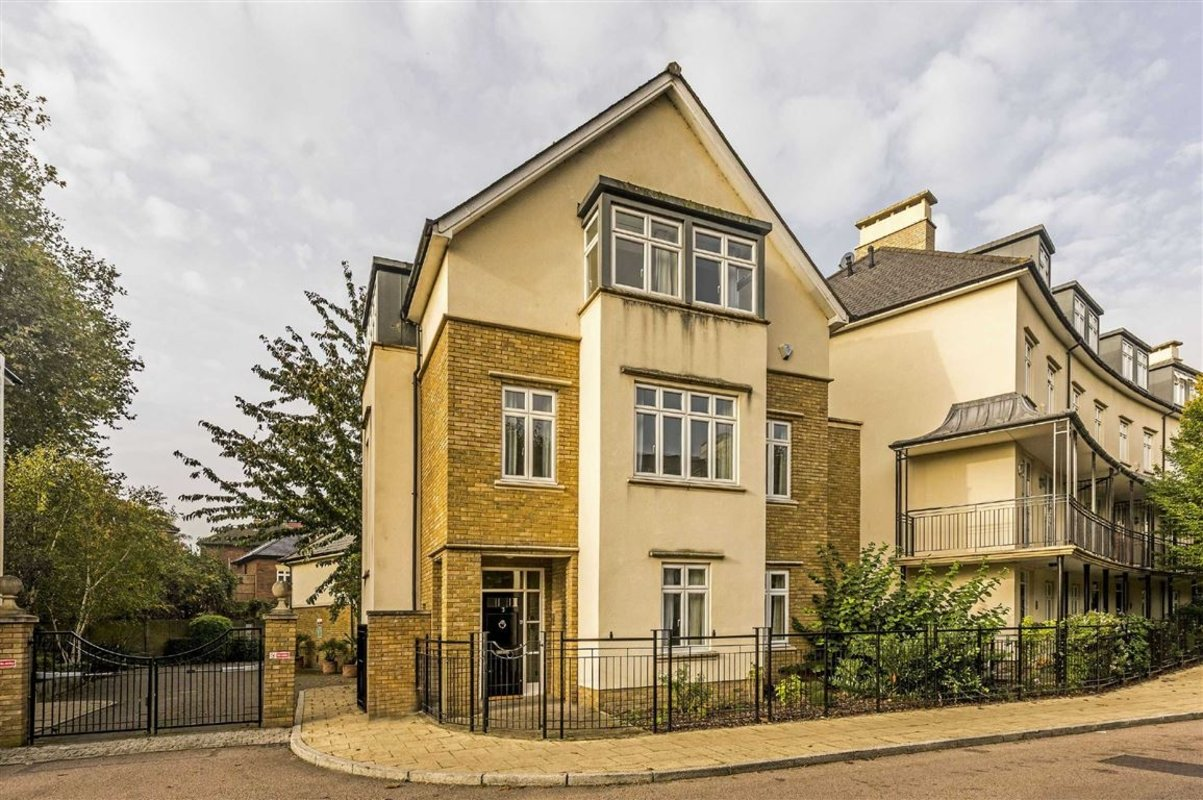 House For Sale In Melliss Avenue Kew Tw9 Dexters